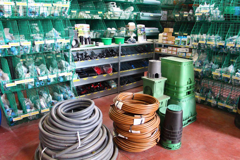 Magazzino | Sacchetti Lucio snc | Servizi e Materie plastiche per l'edilizia - Cesenatico